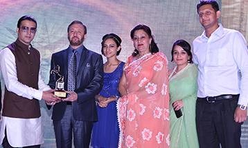 Achievers of the North Award presented by Jimmy Shergill at Times of India event - Desh Bhagat University