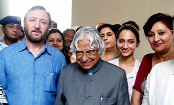 Dr.Zora Singh Chancellor DBU and Tajinder Kaur Pro Chancellor DBU with APJ Abdul Kalam (Former President of India) - Desh Bhagat University